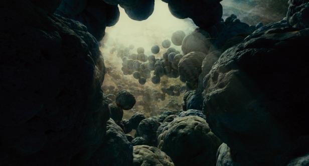 tree-of-life-movie-stills-hi-res-jessica-chastain-brad-pitt-8.jpg