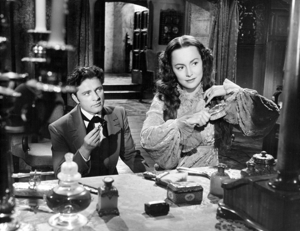 Olivia_de_Havilland_and_Richard_Burton_in_My_Cousin_Rachel_1952